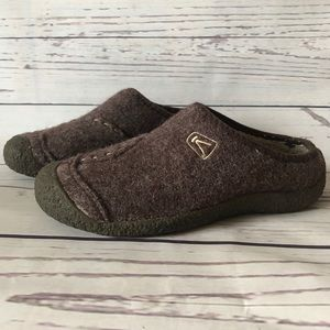 KEEN TIMBERLINE maroon slide on Wool MULE CLOGS